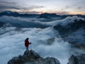 Alineado con el todo... en la cima del mundo.